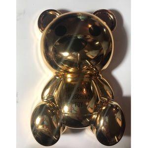 Moschino X Sephora Teddy Bear Palette